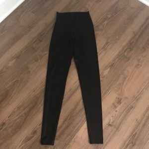 Onzie black yoga high waist legging